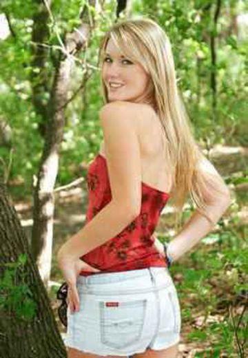 Laura escort girl Noves
