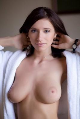 escort girl Montval-sur-Loir